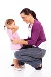 Mom och flicka Fotografering för Bildbyråer