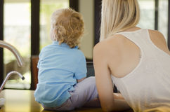 Mom and son spending time together Royalty Free Stock Photos