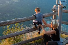 Mom and son on the viewpoint of the Banjska stena on Mount Tara Royalty Free Stock Photos