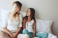 Free Mom With Tween Daughter Royalty Free Stock Photography - 70120627