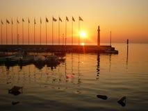 Moment de détente de l'Italie de policier de lac Photographie stock