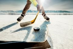 Moment de match de hockey de glace photos libres de droits
