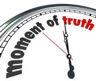 Moment des Wahrheits-Uhr-Antwort-Ergebnis-Urteilsspruches verkündet Lizenzfreies Stockbild