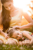 Moment précieux - mère avec l'enfant Photo stock