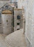 Moment som leder till den dominikanska kloster i Dubrovnik Arkivbilder