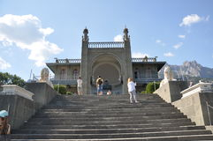 Moment som leder till den Vorntsov slotten fotografering för bildbyråer