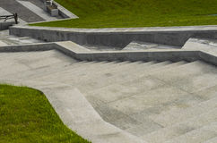 Moment sten, trappuppgång, arkitektur, struktur, grå färg, natur Royaltyfria Foton