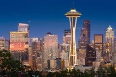 Momento crepuscular hermoso en Seattle fotos de archivo