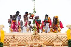 Momento de ceremonia de inauguración india del templo Imágenes de archivo libres de regalías