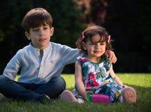 Momento do irmão e da irmã Imagens de Stock Royalty Free