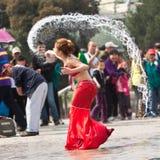 Momento engraçado no desempenho do festival da água, Pequim
