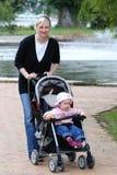 Momia con la hija Fotografía de archivo