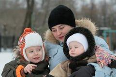 Momie avec des enfants Photographie stock libre de droits