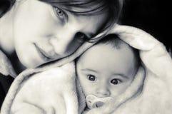 Momie et le petit sonny Photos libres de droits