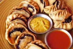 Momos fritado nepalês Fotos de Stock
