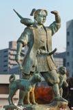 Momotaro skulptur framme av den Okayama stationen Royaltyfria Bilder