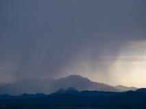 A monção nubla-se a chuva, e o céu sobre o sudoeste Fotografia de Stock Royalty Free