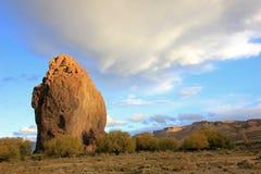 Monólito no vale de Chubut, Argentina de Piedra Parada Fotografia de Stock Royalty Free