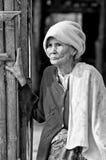 Mon kobiety niezidentyfikowane stare etniczne pozy dla fotografii Zdjęcie Stock