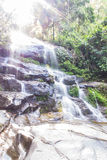 Mon Tha dan Waterval in Doi Suthep - Pui National Park, Chiangmai Royalty-vrije Stock Foto's