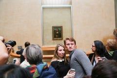 Mona Лиза - Лувр, Париж стоковые изображения