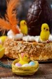 Mona De Pascua, hiszpański tort jedzący na wielkanocy fotografia royalty free