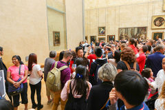 Mona Lisa - Louvremuseum, Paris arkivfoto