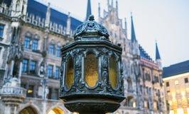 Monachium, Bavaria, Niemcy 29th Marzec 2017 szczegółów Grodzcy brzęczenia Fotografia Stock