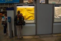 Monachium centrali staci odjazdów deska Obrazy Stock