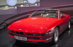 Monachium, Niemcy Czerwiec 17, 2012: BMW 850 - serie samochodowe na stojaku wewnątrz Fotografia Stock