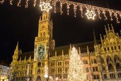 Monaco di Baviera alla notte immagine stock libera da diritti