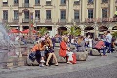 Monaco di Baviera, l'estate si rilassa a Karlsplatz-Stachus Immagine Stock Libera da Diritti