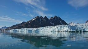 Monaco glaciär i Spitsbergen, Svalbard royaltyfri fotografi