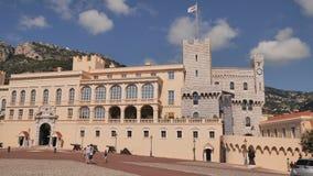 Monaco Monte - carlo - Augusti 10, 2018: Yttre sikt av slotten - officiell uppeh?ll av prinsen av Monaco Det ?r en av arkivfilmer