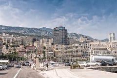 MONACO MONTE - CARLO - JULI 22, 2013: Sikt av staden av Monteca Arkivfoton