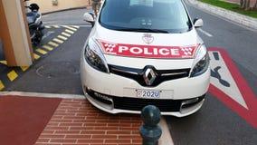 Monaco-Polizeiwagen geparkt auf der Straße, Front View stockfoto