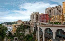 Monaco - sikt från drevstationen Monaco-Ville Arkivbilder