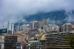 Monaco-Stadt auf Abhang Stockbilder