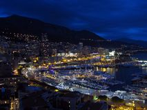 Monaco vid natt Arkivfoton