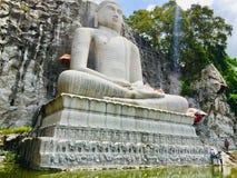 Monaragala, het Standbeeld van Kurunegala Samadhi van Boedha stock foto