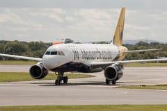 Monarca Airbus A320 Imagens de Stock Royalty Free