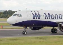 Monarca Airbus A320 Imagem de Stock Royalty Free
