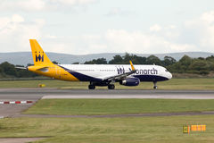 Monarca Airbus A321 Foto de Stock Royalty Free
