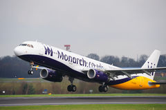 Monarca Airbus A321 Immagine Stock