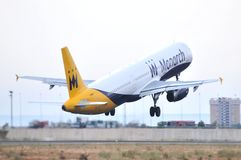 Monarch airlines united kingdow low cost company takes elevation maniobre airport of alicante Stock Photos
