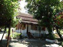 Monastère bouddhiste dans Luang Prabang, Laos Photographie stock libre de droits