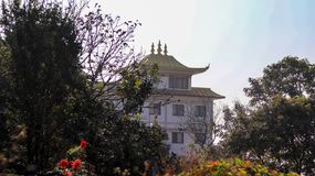 Monastère bouddhiste en nature photo stock