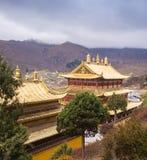 Monastère bouddhiste tibétain en Chine Images libres de droits
