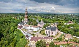 Monastère de John le théologien dans Poshchupovo, Russie Photos libres de droits