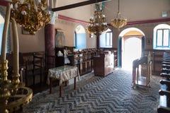 Monastère de Kalopetra, île de Rhodes, Rodos, Grèce Mosaïque noire et blanche de pierre de caillou photos stock